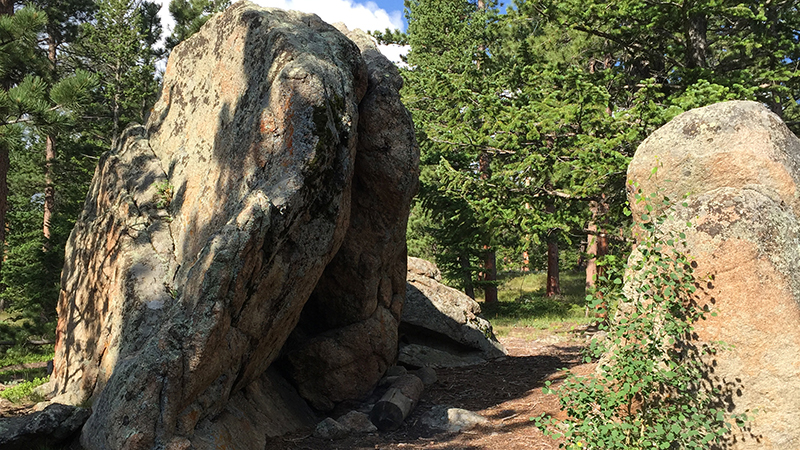 Parted boulders.